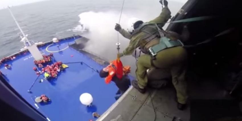 Ruim helft passagiers veerboot gered