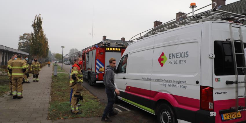 Brandweer en Enexis aanwezig