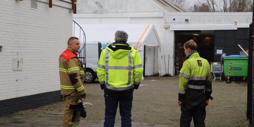 Brandweer en Enexis overleggen
