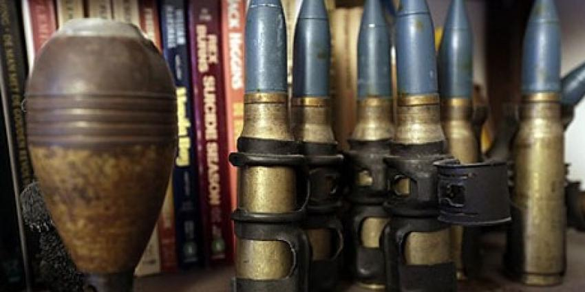 Wapens en grote hoeveelheid munitie aangetroffen bij controle