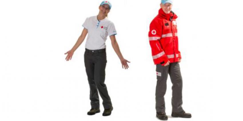 Vrijwilligers Rode Kruis krijgen nieuwe kleding