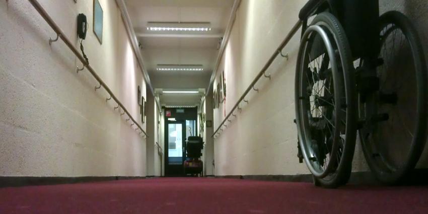 Chronisch zieken en gehandicapten  'dubbel' gepakt door zorgbeleid kabinet Rutte