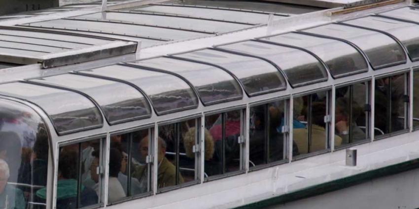 Streep door Amsterdamse tijdelijke vaarvergunningen rondvaartboten