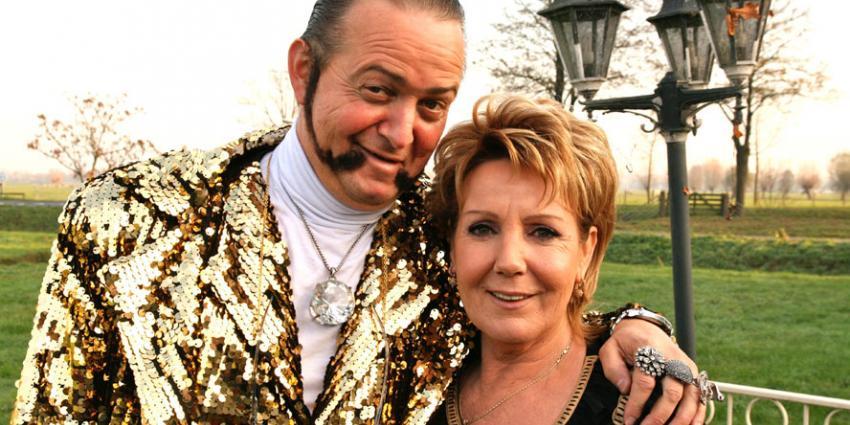 Ronnie Ruysdael doet het met Marianne Weber