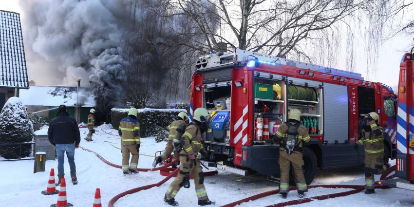 rookwolken-brandweer-sneeuw