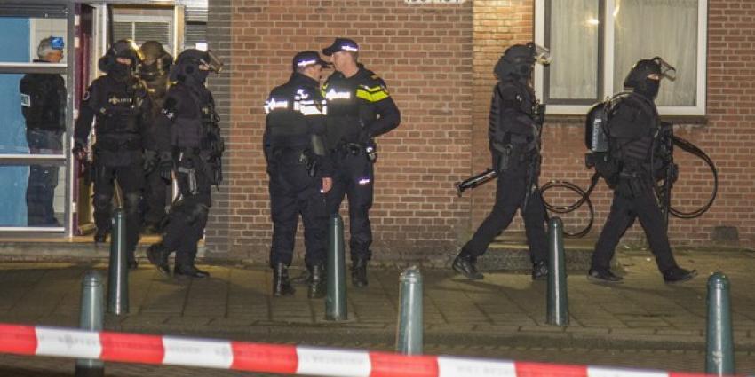 Politie houdt in Rotterdam-West vier mannen bij anti-terreuractie