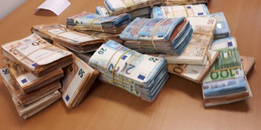 Bijna twee ton aangetroffen bij controle spookbewoning in Osdorp