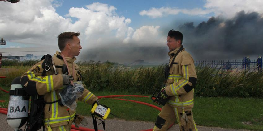 Zeer grote brand kassencomplex de Kwakel