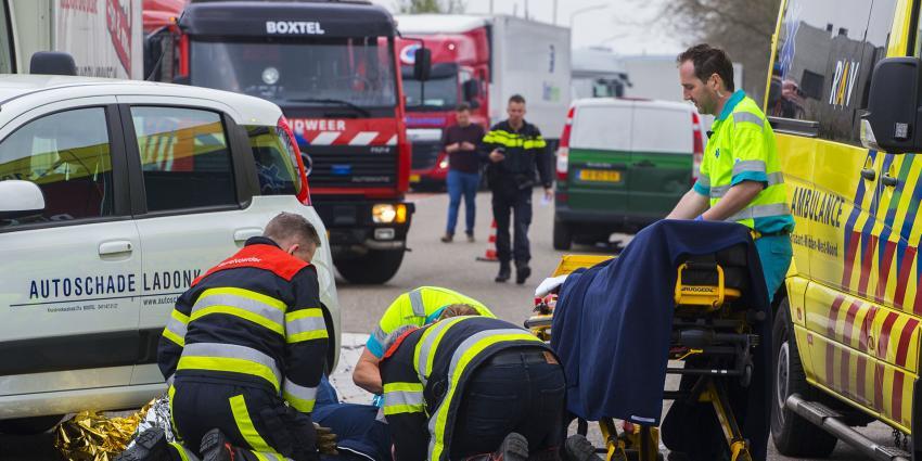 Ravage na ongeval met vier voertuigen in Boxtel