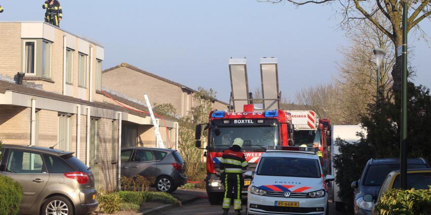 Brandweer rukt uit voor dakbrand in Boxtel
