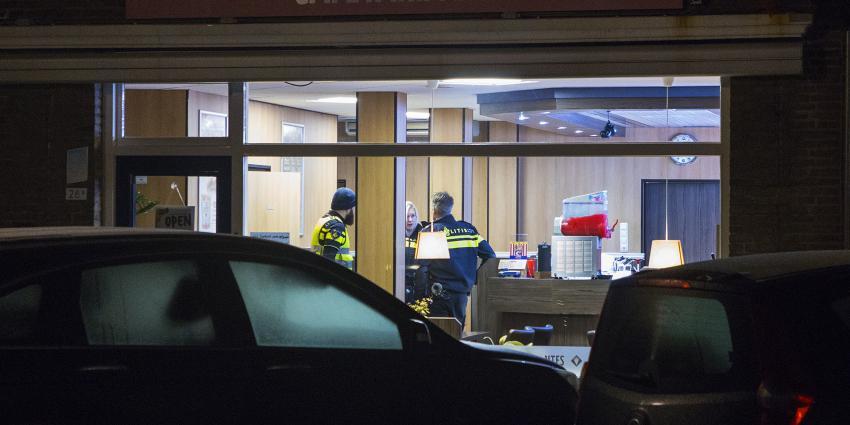 Agenten in overvallen cafetaria