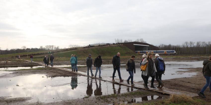Bezoekers natuurbrug