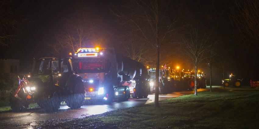 Tracktoren richting Den Haag