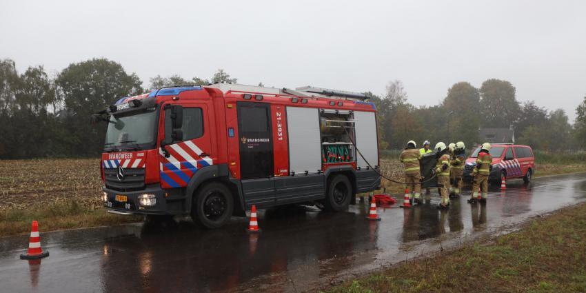 Brandweer reinigt kleiding na metingen