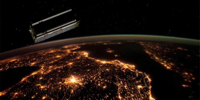 Foto van Delfi-n3Xt satelliet | TU Delft