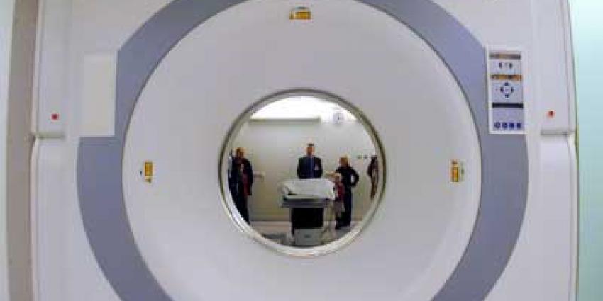 PET-scan laat effect medicatie op hersenstamtumor zien