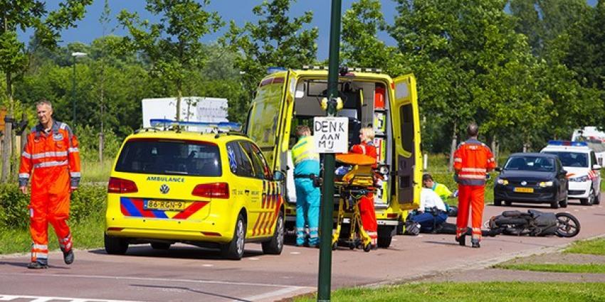 Bromfietser gewond in Schijndel   Persburo Sander van Gils   www.persburausandervangils.nl