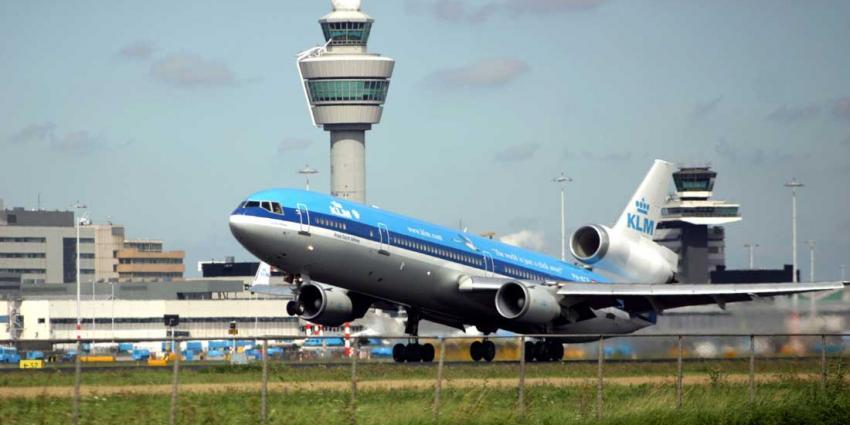 'Nieuwe pier nodig voor groeiend aantal reizigers Schiphol'