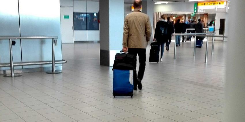 schiphol-douane-passagiers
