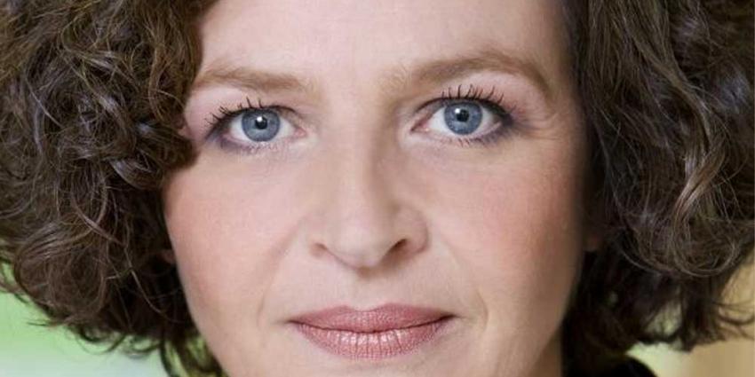 Schippers wil wachttijden genderpolo's terugdringen