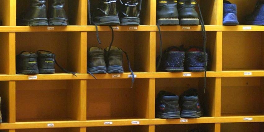 Foto van kinderopvang schoenen school | Archief EHF