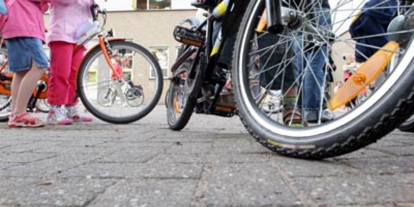 Foto van kind fiets school | Archief EHF