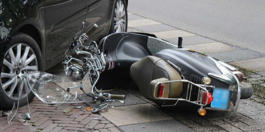 scooter-aanrijding-auto