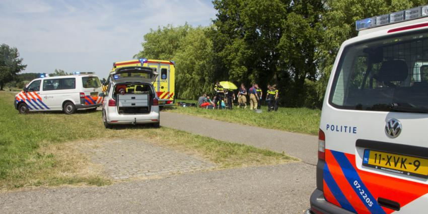 Voorbijganger vindt dode scooterbestuurder