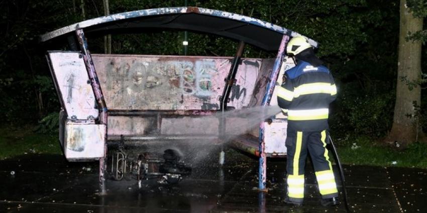 Vandalen steken scooter in brand bij jongerenontmoetingsplaats in Boxtel