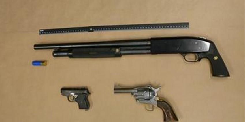 Foto van vuurwapens | OM