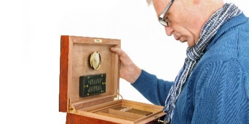 Cadeaus energieleveranciers zijn dure sigaar uit eigen doos