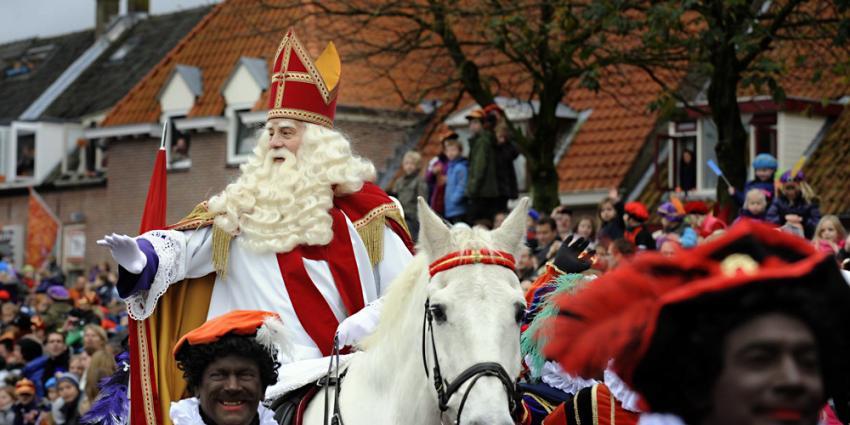 Sint valt van paard in Zeist