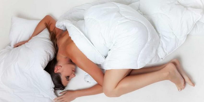 slapen-vrouw-matras