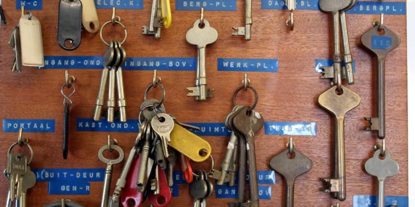 Gevangenen in Arnhem krijgen sleutel van celdeur