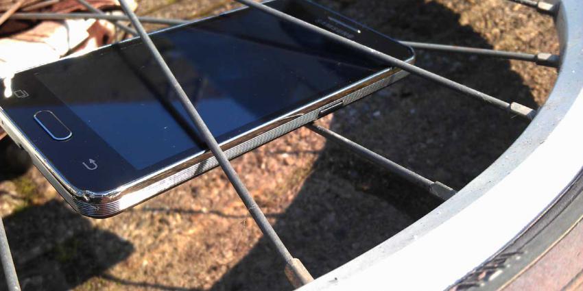 Fietsster met smartphone schuldig aan dodelijk verkeersongeval