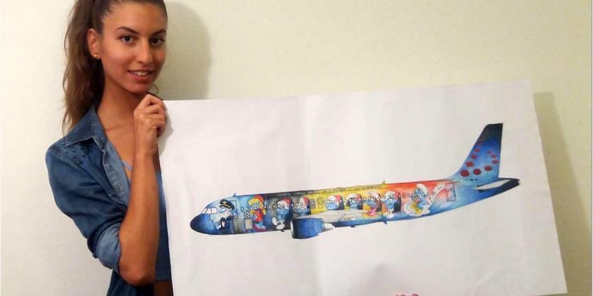 Italiaanse ontwerpt smurfvliegtuig voor de Belgen