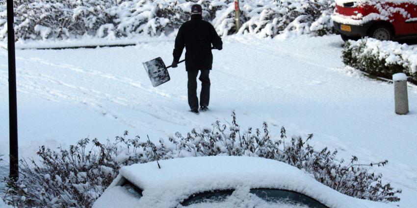 Veel sneeuw en gladde wegen