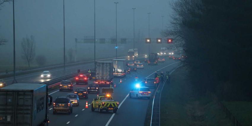snelweg-donker-aanrijding
