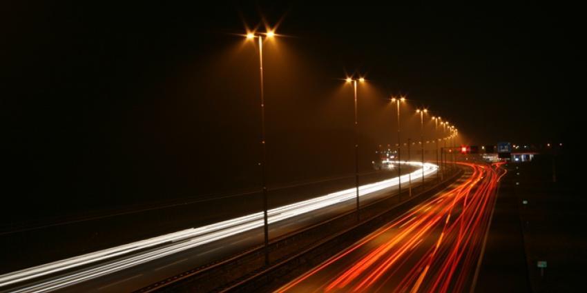 Dronken man rijdt in gestolen 25-kilometerwagen op snelweg