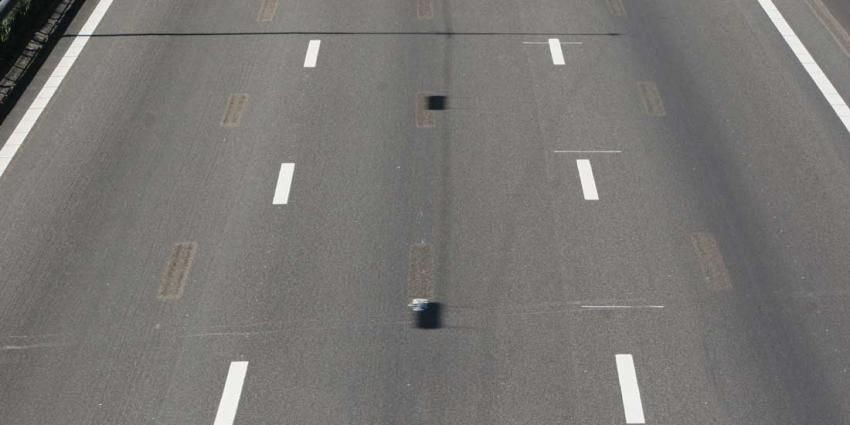 Ramptoeriste stopt op snelweg om filmpje te maken