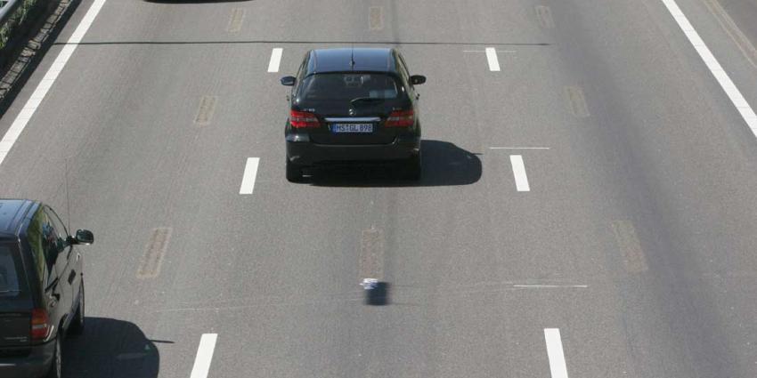 Drie keer poging doodslag op snelweg A27