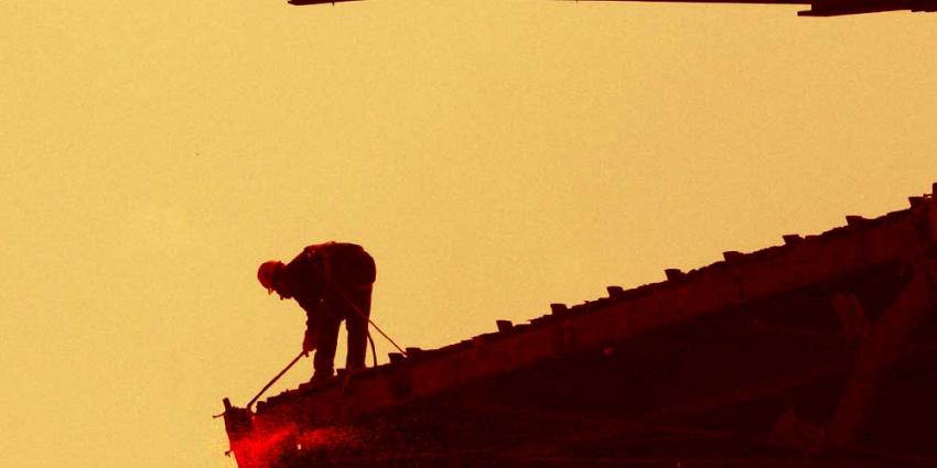 Foto bouwvakker met snijbrander | Archief EHF