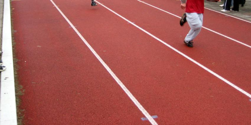 Jongeren sporten minder door sociale media