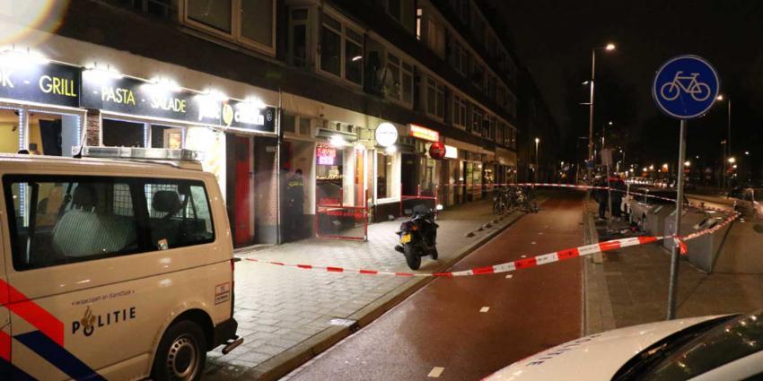 Man in Rotterdams café neergestoken