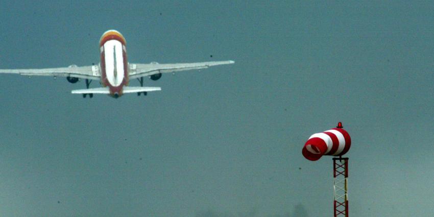 Passagiers met geknepen billen tijdens landing