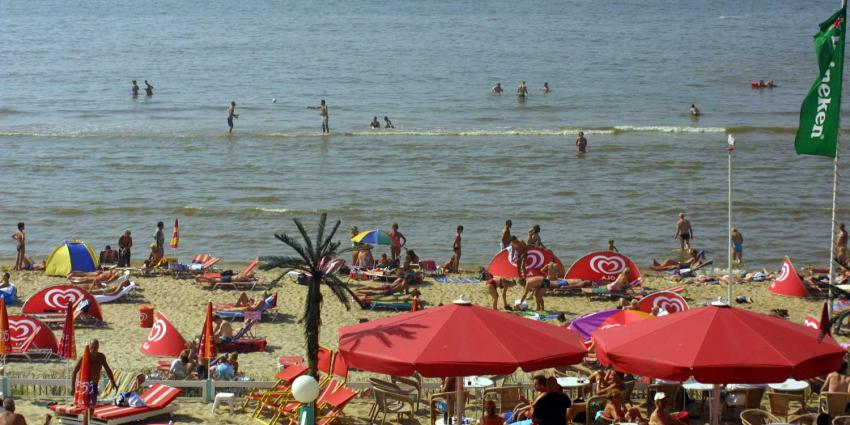 strand-zee-zon-drukte