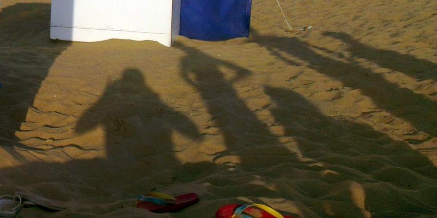 Jongeman moet toezien hoe vriendin wordt misbruikt op strand van Oostende