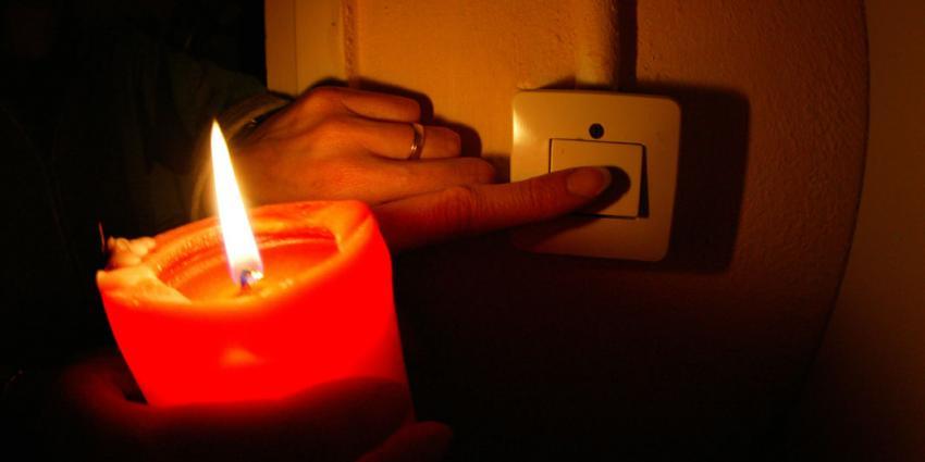 Stroomstoring in Noord-Westen van Groningen door brand in transformatorhuisje