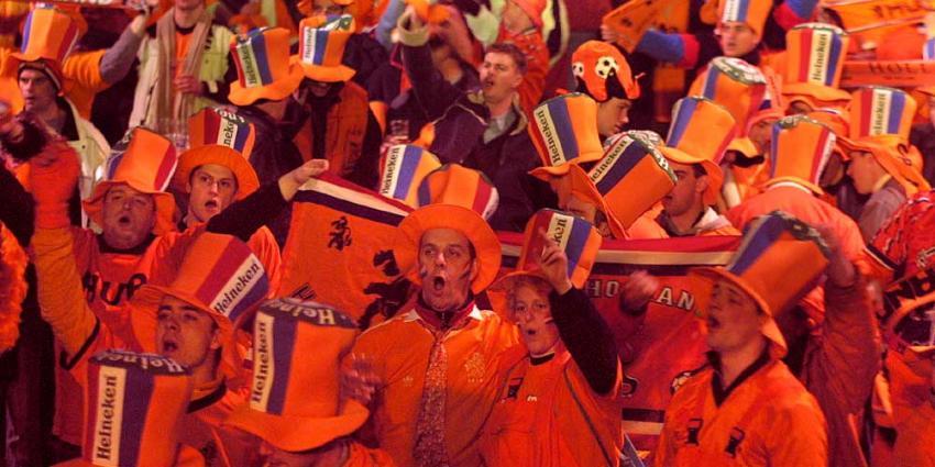 Van Dijk en Van der Wiel opgeroepen voor Oranje