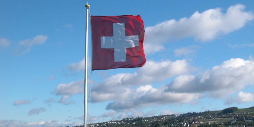 'Nederland vraagt gegevens Zwitserse rekeningen op'